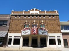 Illinois Theatre (Eridony (Instagram: eridony_prime)) Tags: illinois theater downtown theatre centralia movietheater marioncounty