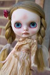 Tuppence (Formerly Alys) (Chassy Cat) Tags: blackribbon black ribbon blythe undead creepy art doll custom takara teeth zombie puppelina