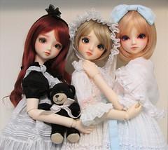 Snuggled Sisters (Rikka_Mika) Tags: volks sd coco superdollfie bjd abjd balljointed ball jointed doll sd10 girl standard f60 charm bliss cherish
