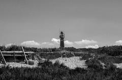 Schiermonikoog lighthouse (isobrown) Tags: schiermonikoog beach sand plage paysbas nederland frise netherlands island ile dune lighthouse phare minimalisme