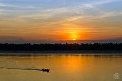 Sundown @Mekong in Kratie - Cambodia (jennifer.stahn) Tags: travel reisen mekong river asia asien aroundasia kambodscha cambodia nikon sundown light jennifer stahn