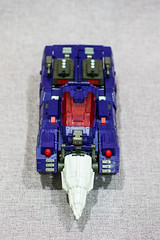 Hypnos Vehicle Mode Front (Lloyd's Photostream) Tags: hades transformers tfc drillhorn hypnos sal50f14