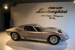 Lamborghini Miura P400 SV (Clément Tainturier) Tags: motors valley italy lamborghini museo santagata bolognese miura p400 sv