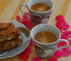 Our afternoon coffee (Henri Schmitt) Tags: coffee espresso afternoon kisses hugs cantuccini