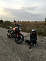 BMW & Ducati (svetlinnikolaev) Tags: bmw ducati scrambler r9t