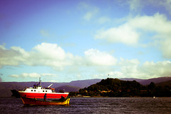 Niebla (Bud_Spencer) Tags: sky boat barco ship cielo nubes niebla valdivia