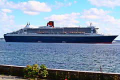 Queen Mary 2 (Trucks and nature) Tags: ocean cruise sea 2 england lake water port ship mary best line queen bow expensive stern luxury cunard strait elsinore southhampton helsingr millionares