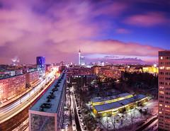 Berlin (Feldman_1) Tags: schnee winter panorama snow clouds germany wolken panoramic fernsehturm bluehour tvtower beleuchtung berlinmitte blauestunde hotelparkinn lichtspuren