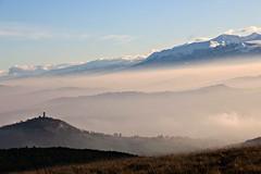 (claudiophoto) Tags: italy mountain mountains nature fog landscape nuvole natura getty nebbia paesaggi marche paesaggio macerata sibillini naturelife regionemarche flickrbest blinkagain marchepaesaggi marchelandscapemarchecountryside fotografiedellemarche fotodellemarche