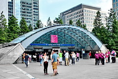 canary wharf station (Harry Halibut) Tags: pink blue roof summer people green london glass station train buildings underground square open steel jubilee tube angles august line passengers stop wharf area trust canary northern curved girders concourse allrightsreserved helpers london2012 londonbuildings londonarchitecture imagesoflondon angles angles colourbysoftwarelaziness 2012andrewpettigrew london1208125393