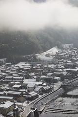 a train and Tsuwano town (double-h) Tags: snow train  tsuwano   yamaguchiline dscrx100