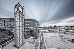 Berlin Hauptbahnhof (Berlin Central Station) (diptanandana) Tags: longexposure berlin bulb architecture germany deutschland nikon db deutschebahn nikkor d3 berlinhauptbahnhof berlincentralstation bw110ndfilter mygearandme 1635mmf4vr