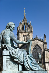 David Hume statue, Royal Mile, Edinburgh, Scotland (dkjphoto) Tags: uk travel art tourism monument public statue scotland memorial edinburgh europe tour edinburghcastle unitedkingdom victorian johnson royal scottish honor whiskey philosophy queen intelligence royalmile whisky scotch enlightenment royalty scots holyroodpalace davidhume wwwdenniskjohnsoncom denniskjohnson