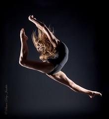 DSC_0673b wm web (Susan Day-Jeschke) Tags: dance contemporary ballet pose posing balletshoes toeshoes jumps leaps leotard skirt barre