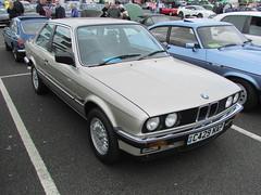 BMW 320i C429NAP (Andrew 2.8i) Tags: cardiff classic car club show bmw 320 320i 3 series e30 german saloon classics cars all types transport worldcars welsh wales uk unitedkingdom