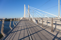 Tilikum Bridge (Robert Wash) Tags: oregon or portland pacificnorthwest northwest pdx tilikumbridge tilikumcrossing willametteriver bridge