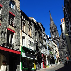 2016, Clermont-Ferrand, France (carythary) Tags: clermont ferrand auvergne france cathedrale notredame blackstone stone volcan bluesky neighborhood quartier pharmacie