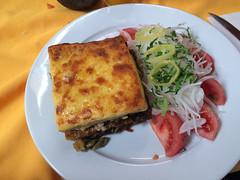 """San Pedro de Atacama: lasagne végétarienne (avec, en plus, du quinoa en accompagnement !) <a style=""""margin-left:10px; font-size:0.8em;"""" href=""""http://www.flickr.com/photos/127723101@N04/28607814433/"""" target=""""_blank"""">@flickr</a>"""