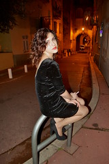 (60anhour) Tags: pauline franaise girl lady woman pretty femme sexy dress robe vieuxnice oldnice nice france sud southoffrance sudfrance 18ans 18yo 18yearsold sit assise pose chaleureux solitude tristesse dsespoir grandeur sadness sad bad brilliant