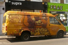 Banana van (mistigree) Tags: londres portobello portobellomarket nottinghill angleterre banane camion jaune