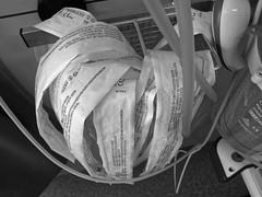 Les Nouvelles   The News (p.franche malade - sick) Tags: schaerbeek schaarbeek bruxelles brussel brussels belgium belgique belgïe europe pfranche pascalfranche hdr dxo flickrelite skancheli monochrome noiretblanc blackandwhite zwart wit blanco negro schwarzweis μαύροκαιάσπρο inbiancoenero 白黒 黑白чернобелоеизображение svartochvitt أبيضوأسود mustavalkoinen שוואַרץאוןווייַס bestofbw hospital hôpital news nouvelles papier paper