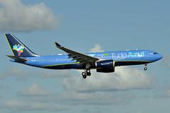 PR-AIT  A330-243  Azul Linhas Aereas (n707pm) Tags: prait a330 airbus 330 airport airplane aircraft airline kmco mco azul orlandoairport orlandomccoyairport bigbluebus tudoazul 10092016 cn529 azu8706 florida usa