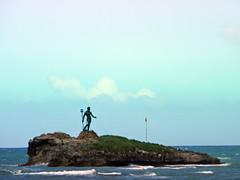 Neptuno desde el malecn (Alveart) Tags: republica republicadominicana puertoplata caribe caribbean isla island alveart luisalveart sanfelipedepuertoplata costadelambar latinoamerica latinamerica costanorte costadoradarepublica