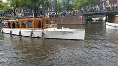 Amsterdam Canals (Michel Curi) Tags: amsterdam netherlands holland nederland centrum dutch iamsterdam schiphol europe grotemarkt canals water boats sail vessel nautical ships naval