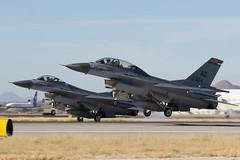 Lockheed Martin F-16 Vipers-1411 (rob-the-org) Tags: tuc ktuc tucsoninternational tucsonaz lockheedmartin f16 viper falcon arizonaang airnationalguard landing abouttoland cropped noflash f80 1640sec iso100 85mm 500