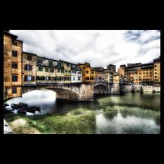 Ponte Vecchio, Florence (R.o.b.e.r.t.o.) Tags: italy florence glamour nikon italia tuscany firenze roberto arno toscana pontevecchio oldbridge medievalbridge d700 hdr7raw