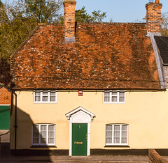 A pretty 18th century cottage in Swan Street, Kingsclere (Anguskirk) Tags: uk england cottage hampshire kingsclere swanstreet