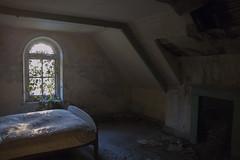 Bedroom (darbians) Tags: windows abandoned window bed nikon decay urbandecay nikond50 forgotten urbanexploration manor derelict ue urbex abandonedmanor