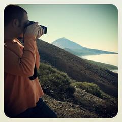 Capturando la primera foto del #2013 con sueño y resaca pero el padre #Teide bien lo merece.