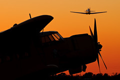 Cable Airshow Sunset (Trent Bell) Tags: california sunset silhouette airport aircraft cable airshow socal an2 upland antonov t6texan 2013 bigpanda n2an