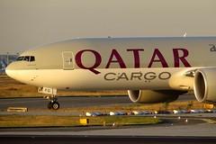 Qatar Airways Cargo - Boeing 777-FDZ, A7-BFG (Bernd 2011) Tags: qatar qatarairwayscargo qatarairways boeing 777 fdz 777fdz a7bfg taxiing sunset noseshot nose freighter cargo