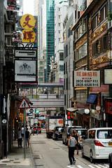 20160827-17-Hong Kong streets (Roger T Wong) Tags: 2016 hongkong rogertwong sel70300g sony70300 sonya7ii sonyalpha7ii sonyfe70300mmf2556goss sonyilce7m2 crowded market neon people shops signs streets travel