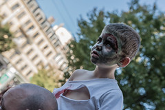 Fascinated (pascal_degiovanni) Tags: croixrousse zombiewalk lyon