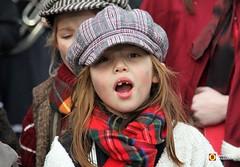 Dickenfestijn Drunen - Uit volle Borst (Omroep Brabant) Tags: dickens kerst charlesdickens evenement omroepbrabant drunen kerstsfeer zangkoren wwwomroepbrabantnl dickensfestijndrunen