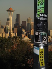 KERRY PARK (Photocoyote) Tags: seattle usa streetart sticker thankyou queenanne pacificnorthwest spaceneedle kerrypark slap washingtonstate stayalive theemeraldcity theevergreenstate photocoyote