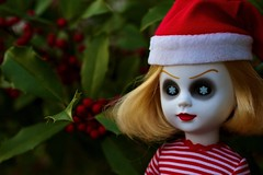 Happy Holidays from Nohell (welovethedark) Tags: holidays doll holly redgreen creepydolls livingdeaddolls mezco nohell snowflakeeyes