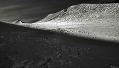 Spazi emotivi (EmozionInUnClick - l'Avventuriero's photos) Tags: bn neve montagna motette