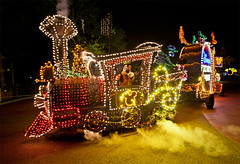 Main Street Electrical Parade (Tom.Bricker) Tags: night nikon disney parade wdw waltdisneyworld mainstreetelectricalparade msep waltdisneyimagineering nikond700