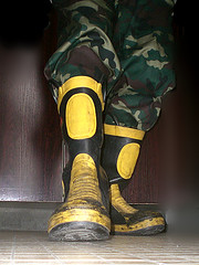 cimg0855_副本 (阳汉) Tags: male yellow work boots military manly camo fireman firefighter wellies rubberboots mensshoes fireequipment solders