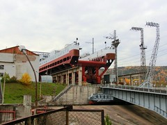 Ship lift (Int 1bh) Tags: hydroelectricity
