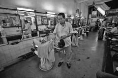 Thailand - Bangkok (luca marella) Tags: people bw white black film blackwhite asia voigtlander bessa pb bn e barber shave thailandia bianco nero analogic marella marellaluca