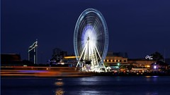 The 'Bangkok Eye' (I Prahin | www.southeastasia-images.com) Tags: motion blur water wheel night river thailand stream dusk bangkok ferriswheel asiatique dutchwheels observationwheelgiant