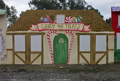 candy _and_ treats (nocklebeast) Tags: santa santacruz train reindeer pumpkins farming rail elves artichokes railtrail nrd christmastown scphoto leicasummarit35mmf25 iowapacific mapmyrun:route=164567142