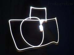Dia do fotógrafo (maluufreitas) Tags: camera light luz painting photography lights photo foto luzes fotografia