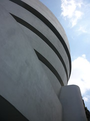 The Guggenheim Museum (TheMachineStops) Tags: guggenheim museum ues uppereastside nyc manhattan newyorkcity franklloydwright outdoor architecture curve round landmark abstract concrete 2010