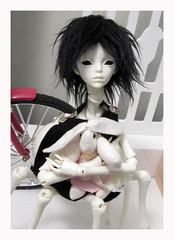 Esmee and Boysenberry Bunny (sweetmeika) Tags: doll chateau dollchateau elizabeth esmee spider girl resin bunny stuffedtoy bjd abjd